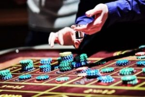How to use Psychology in online poker games?